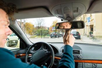 Як не стати жертвою дорожніх шахраїв?