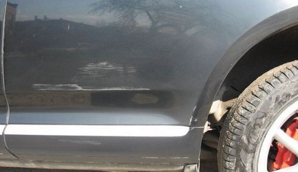 Як приховати подряпини з поверхні автомобіля?