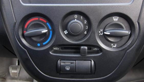 6 причин холодного повітря з пічки автомобіля