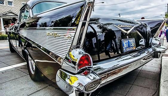 Чим корисна обробка кузова автомобіля воском?