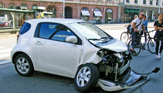 Які небезпеки чекають водія в дорозі?