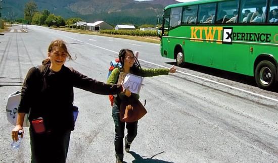 Як подорожувати автостопом?