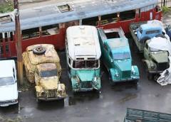 Вражаюче видовище: кладовище міського транспорту (фото)