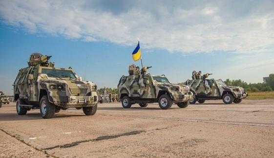 """У наступному році """"АвтоКрАЗ"""" представить нові моделі військових автомобілів"""