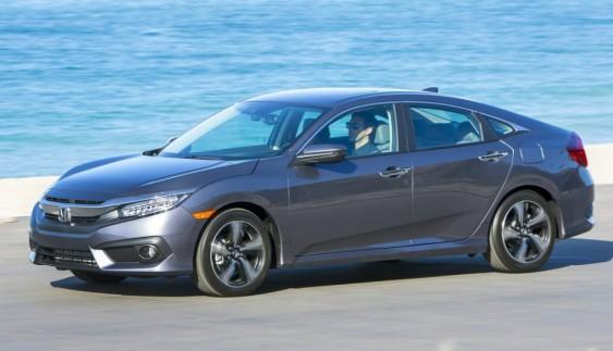 Нове купе Honda Civic сфотографували майже без камуфляжу