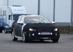 Універсал Kia Optima: перші шпигунські фoтo автомобіля