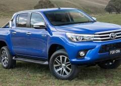 Toyota HiLux: тест-драйв безсмертного пикапа