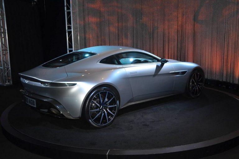 aston-martin-db10-concept-at-2015-la-auto-show (2)