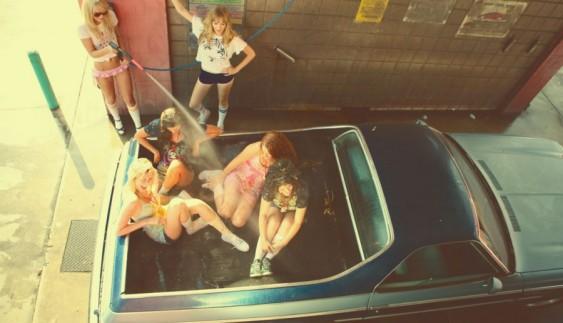 Красиві дівчата і автомобілі (45 фото)