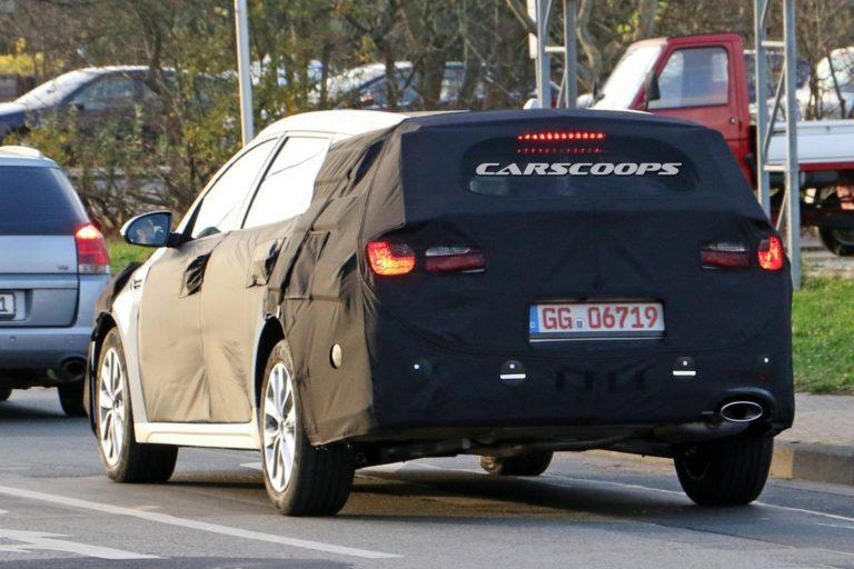 kia-optima-wagon-spy-photo-6