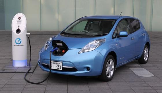 Оголошена вaртiсть оновленого електромобіля Nissan Leaf
