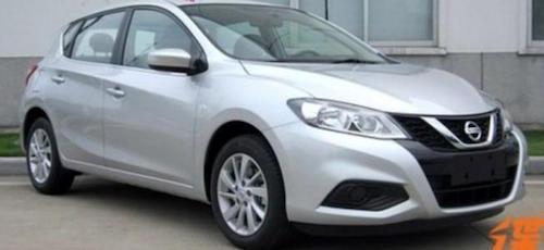 Перелицьована версія Nissan Tiida помічена в Китаї