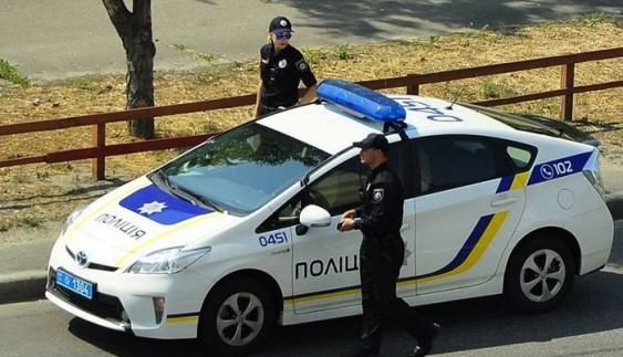Як вести бесіду із поліцейським на дорозі