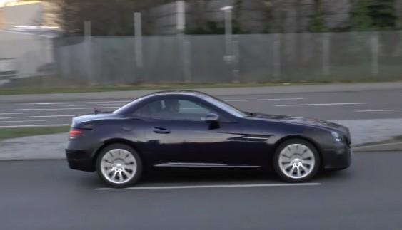 Mercedes-Benz SLC був впійманий на дорогах загального користування (відео)