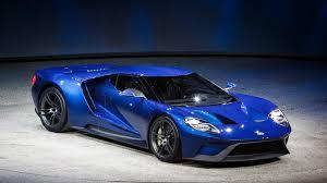 Экстерьер инновационной модели Ford GT