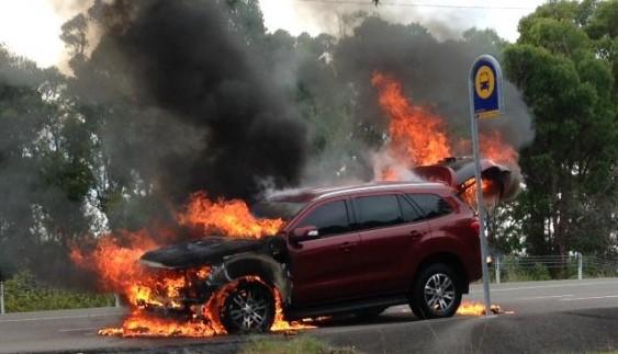 Новий Ford Everest загорівся під час тест-драйву