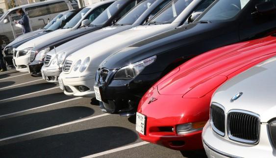 Українцям залишився місяць, щоб купити дешеві вживані авто в ЄС