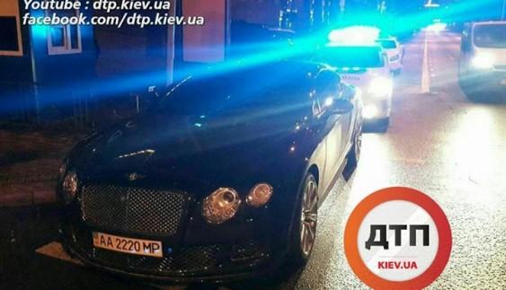 Поліція евакуювала Bentley в Києві
