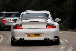 Porsche представив оновлені 911 Turbo