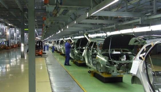 АвтоВАЗ і УАЗ зупинили конвеєри