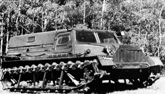 Секретні авторозробки: гусеничний ГАЗ-47АМА