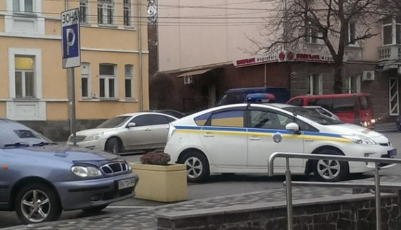 """Звання """"героя парковки"""" сьогодні отримує поліція"""
