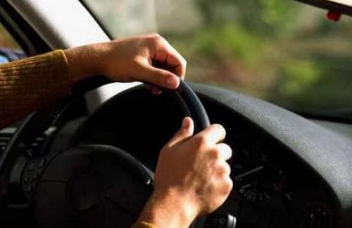 Хто зліший за кермом: порівняли чоловіків і жінок-водіїв