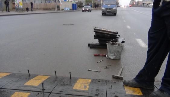 """Безпека понад усе: в Україні з'явиться більше """"лежачих поліцейських"""""""