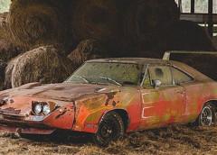 В одном из сараев найден редкий 1969 Dodge Charger Daytona