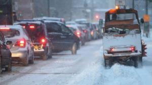 До уваги водіїв: в Україні перекриють дороги