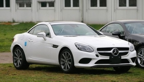 Mercedes-Benz SLC готовий до дебюту (фото)