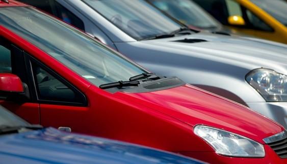 Топ-10 вживаних автомобілів, які українці продавали в 2015 році