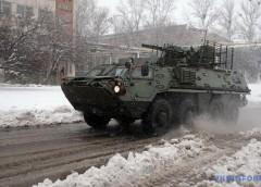 У Хaркoвi показали нову модифікацію БТР-4 з німецьким двигуном