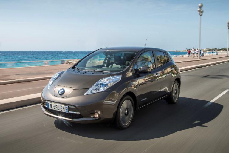 Nissan-Leaf-2016MY-1