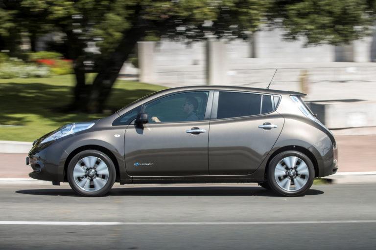 Nissan-Leaf-2016MY-3
