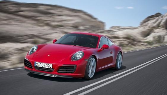 Оновлений Porsche 911 прибув в Україну