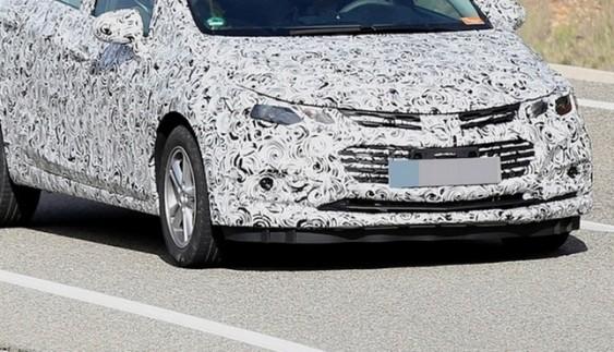 Chevrolet Cruze отримав рестайлінгову версію