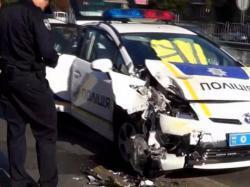 Чому нові поліцейські не бояться розбити свої авто (відео)