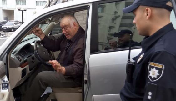 Українським водіям більше не можна ігнорувати поліцейських