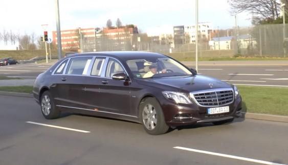 Mercedes-S600 Pullman Maybach помітили на вулицях загального користування (відео)