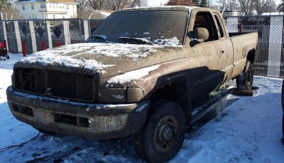 Вражає: пікап Dodge пролежав на дні озера 15 років і не згнив