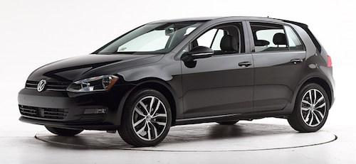 Volkswagen готується представити оновлений Golf на автошоу в Женеві