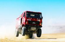 На Дакарі 2016 випробовують новітню вантажівку МАЗ (фото)