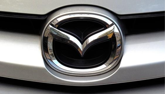 Опублікували перші знімки оновленої Mazda 6