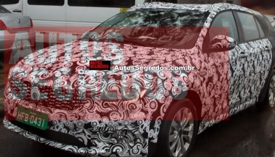 Fiat засвітив новий універсал (Фото)