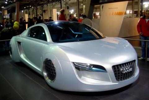 Як виглядають автомобілі майбутнього без коліс (фото)