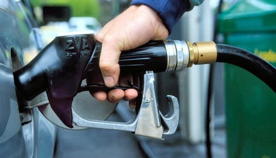 Неймовірно, але факт: в Україні дешевшає бензин і дизельне паливо