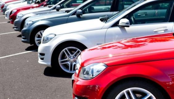 Що думають українці з приводу дешевого розмитнення авто