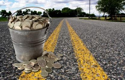 Уряд планує ввести в Україні платні дороги