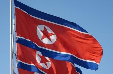 """Ви будете вражені: автосалон в """"бідній"""" Північній Кореї"""